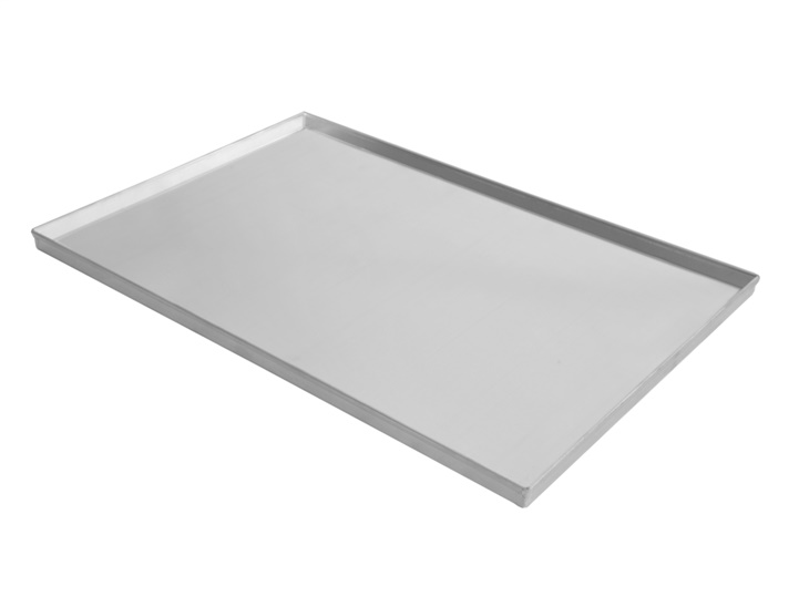 Flat tray with straight edges